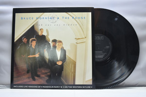 Bruce Hornsby & The Range[브루스 혼스비 & 더 레인지]- Look out any window ㅡ 중고 수입 오리지널 아날로그 LP